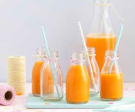 Sumo de manga e cenoura