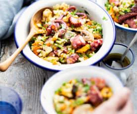 Salade de fruits de mer et légumes croquants