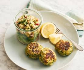 Fischtätschli mit Salat