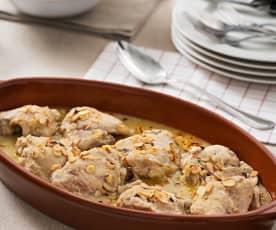 Pollo con salsa de almendra