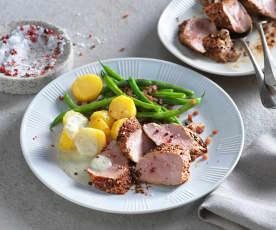 Schweinslungenbraten in Pfeffer-Rahm-Sauce mit Speckfisolen