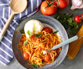 Summer tomato and gin pasta sauce