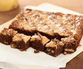 Brownie con toffee de tahini y miel