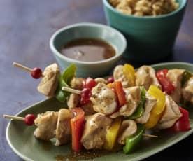 Souvlaki de pollo y pimiento con arroz