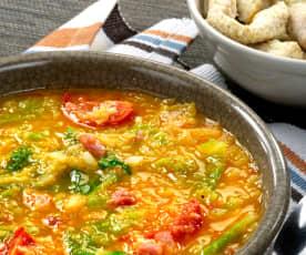 Zuppa di verza con bastoncini di pollo