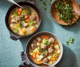 Fleischklößchen-Suppe