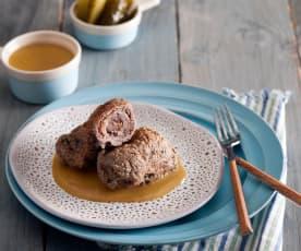 Rolady wołowe z boczkiem i ogórkami kiszonymi