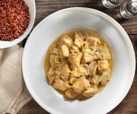 Riso rosso con spezzatino di maiale al curry