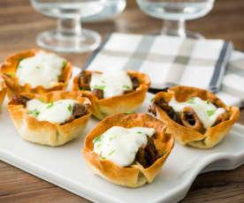 Tartaletas de chipirones con mozzarella