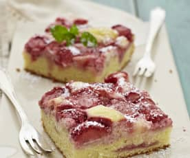 Erdbeer-Schmand-Blechkuchen