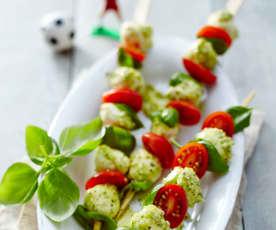 Mozzarella-Pesto-Spieße