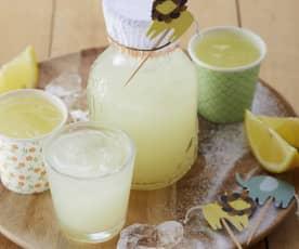 Zitronenlimonade