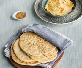 Pan naan con hummus (HESTAN CUE)