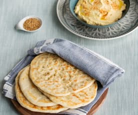 Naan Bread with Hummus (Hestan Cue™)