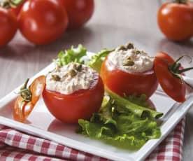 Pomidory nadziewane pastą z tuńczyka