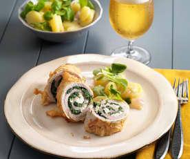Mühlviertler Bierschnitzel mit Erdäpfel-Vogerlsalat