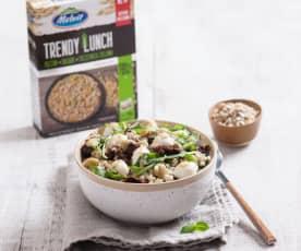 Sałatka Trendy Lunch z pęczakiem, kaszą bulgur i zieloną soczewicą