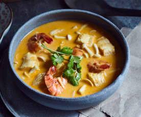 Tom-Yum-Suppe mit Meeresfrüchten (冬阴功海鲜汤)