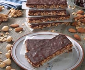 Batoniki owsiano-orzechowe z czekoladą