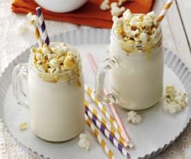Milkshake se slaným karamelem a popcornem