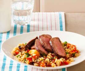 Gemüse-Couscous mit Lammrücken
