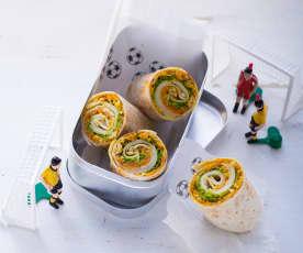 Käse-Wraps mit Möhren-Mandel-Salsa