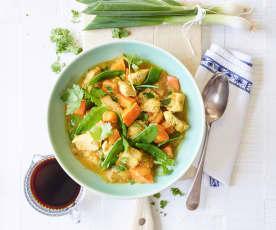 Gemüsecurry mit Putenwürfeln