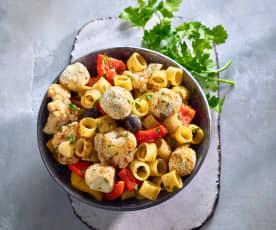 Orientalischer Nudel-Gemüse-Salat