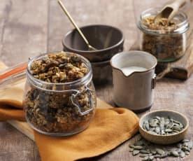 Kořeněná dýňová granola (bez cukru)