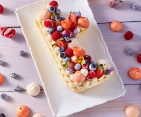 Pastel de celebración con letras o numeros