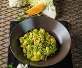 Fruchtig-scharfes Karfiol-Wirsing-Curry