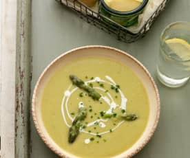 Creamy Asparagus, Potato and Leek Soup