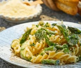 Pasta con verduras verdes