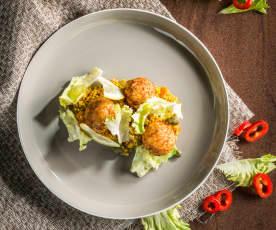 Selleriehirse mit Hühnerbällchen und Endiviensalat