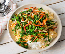Vegetable Stir Fry with Eggs and Rice (Hestan Cue™)