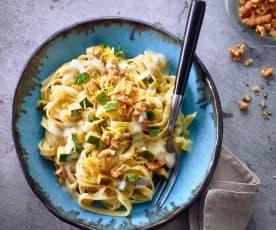 Zucchini-Nudeln mit Muskatsahne