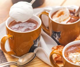 Chocolat chaud courge, épices et chantilly