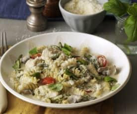 Pasta mit Hähnchen, Pilzen und grünen Bohnen