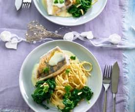 Zander mit Spinat, Linguine und Beurre blanc