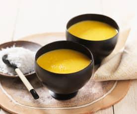 Möhren-Mango-Suppe mit Kokos