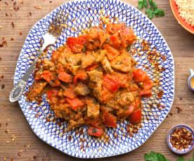 Vitello piccante con peperoni e prezzemolo