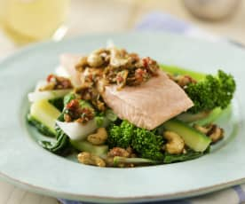 Salmon with ginger sauce and spiced cashews