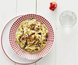 Pasta mit Hähnchen und Gorgonzola