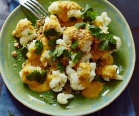 Blumenkohl mit Erdnuss-Curry-Sauce