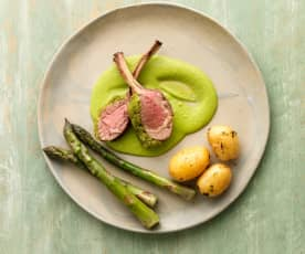 Herb Crusted Lamb with Pea Purée and Asparagus