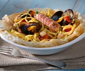Spaghettini al cartoccio con frutti di mare