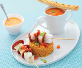 Brochettes de cabillaud et chorizo, quinoa aux légumes et velouté poivron feta (Plaisir)