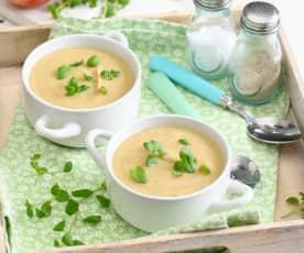 Sycąca zupa krem z fasoli z jabłkiem i majerankiem