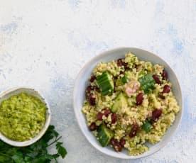 Salada de bulgur, feijão e atum