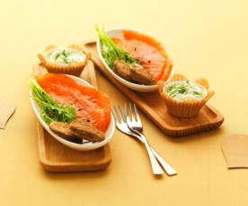 Gravlax z lososa s pohankovými bliny